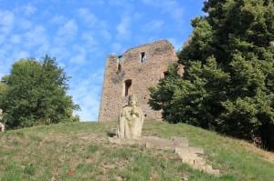 Socha Jana Husa na hradu Krakovec