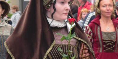 Slavnosti pětilisté růže