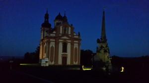 parkoviště u kostela Nejsvětější Trojice
