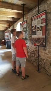 Čachtický hrad výstava ve sklepení